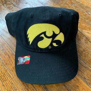 Iowa Hawkeyes Snapback Hat Cap NCAA OFFICIAL NWT